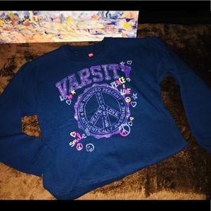 NWOT Awesome Sweatshirt SzL